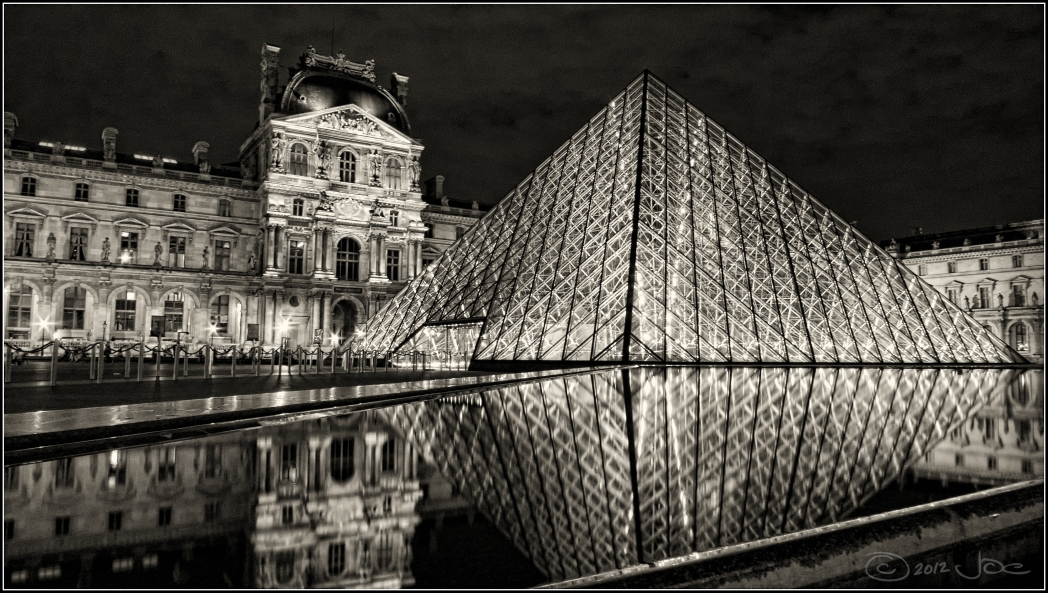 Night view of the Louvre